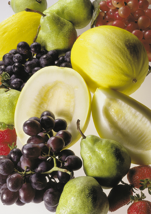 how to reduce pesticides on fruits and vegetables